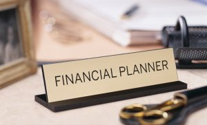 How To Choose The Right Financial Planner For Your Business